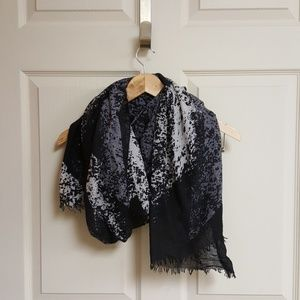 Accessories - Black purple and grey scarf